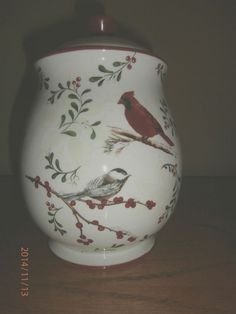 9in tall. Better Homes and Gardens Cookie Jar christmas Cardinals