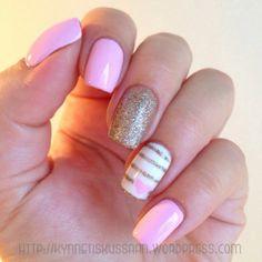 Light pink heart mani