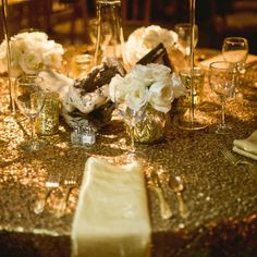 Gold table linens | Lissa Anglin Photography | www.theknot.com