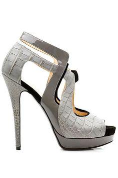 Heels .... Yes please ;-)