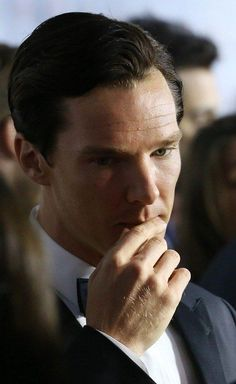 I swear if Benedict Cumberbatch looked at me like this i would pass out <3