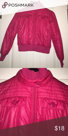 O'Neill Pink Puffer Coat Size Small O'Neill Pink Puffer Coat Size Small - ⭐️ ⭐️ bundle with another item and take this for free! O'Neill Jackets & Coats Puffers