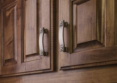 Delmar cabinet pull from Jeffrey Alexander by Hardware Resources.  (585-96DP shown in use)
