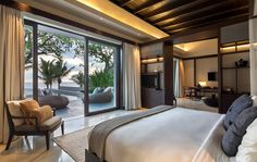 Hidden between Mount Batukaru and terraced rice fields, the Soori Bali Resort is a tranquil refuge on the island's south-west coast. Owner and architect Soo. Big Bedrooms, Balinese Interior, Bedroom Interior, Luxurious Bedrooms, Bali Bedroom, Resort Interior, Modern Bedroom, Bali House, Bedroom Layouts