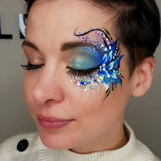 Face Painting Flowers, Eye Face Painting, Adult Face Painting, Face Paint Makeup, Face Painting Designs, Glitter Face Paint, Animal Face Paintings, Face Jewels, Creative Eye Makeup