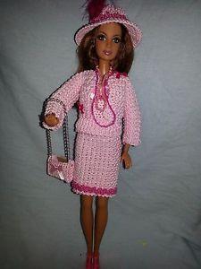 vetement-pour-poupee-mannequin-Barbie