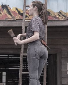 ▷ - Alycia Debnam-Carey - Imagine having a nice view like this in front of ya 😏 Superenge Jeans, Sexy Jeans, Fear The Walking, Walking Dead Girl, Alycia Debnam Carey Instagram, Alycia Jasmin Debnam Carey, Marie Avgeropoulos, Clarke And Lexa, Celebs