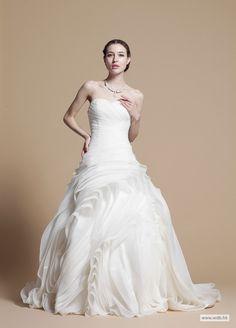 beach bridesmaid dresses Fancy Strapless Ruffled Organza Wedding Dress  $498.98