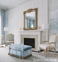 Stunning white Design by Gail Plechaty. Traditional Decor, Traditional House, Home Living Room, Living Spaces, Blue Rooms, Classic Interior, Classic House, Elegant Homes, White Decor