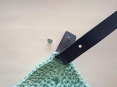 Prípadne použijeme koženné uši, ktoré sa pripevňujú pomocou drobných skrutiek Belt, Accessories, Belts, Waist Belts, Ornament
