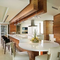 Cheap And Easy Unique Ideas: Kitchen Remodel Black Appliances Interior Design kitchen remodel modern rustic.Kitchen Remodel Cost Tips. Luxury Kitchen Design, Kitchen Room Design, Kitchen Sets, Luxury Kitchens, Home Decor Kitchen, Interior Design Kitchen, Nice Kitchen, Kitchen Designs, Kitchen Wood