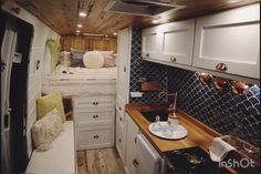 Bus Living, Tiny House Living, Motorhome, Tiny House Village, Travel Camper, Van Dwelling, Van Home, Bus House, Camper Van Conversion Diy