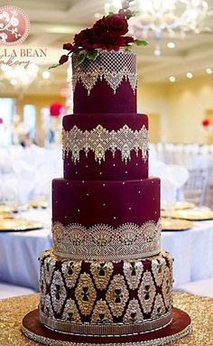 The Chic Technique: Velvety Red and White Lace Wedding Cake ! The Chic Technique: Velvety Red and White Lace Wedding Cake ! Indian Wedding Cakes, Floral Wedding Cakes, Amazing Wedding Cakes, Wedding Cake Rustic, Wedding Cakes With Cupcakes, Elegant Wedding Cakes, Floral Cake, Wedding Cake Designs, Cake Wedding