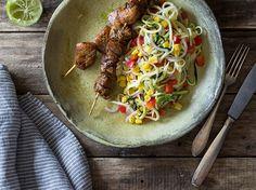 Mariniertes Tequila-Limetten-Hühnchen mit Zucchininudel-Salat