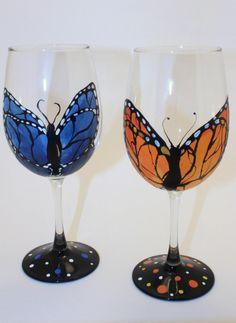 Orange Monarch Butterfly Wine Glass by TipsyToeCreations on Etsy  www.etsy.com/shop/TipsyToeCreations