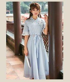 Kimono Fashion, Cute Fashion, Fashion Dresses, Oriental Fashion, Asian Fashion, Modern Hanbok, Japanese Fashion, Chinese Fashion, Japanese Geisha