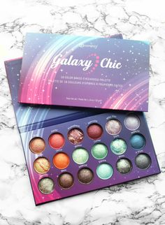 Hey my loves! Something came in the mail few days ago, that something is the BH Cosmetics Galaxy Chic Baked Eye Shadow Palette. I can say that I was pleasantly surprised about the quality, the swatches will talk for themselves, I think. Bronzer Makeup, Makeup Eyeshadow Palette, Makeup Cosmetics, Make Up Palette, Makeup Kit, Beauty Makeup, Bh Cosmetics Galaxy Chic, Debra Messing, Galaxy Makeup
