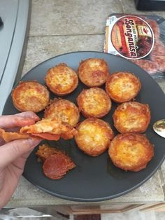 Keto pizza bites (WARNING: extremely addicting) : ketorecipes