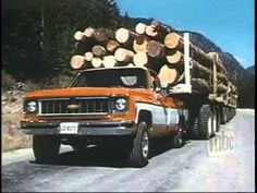 Video: see how old school Chevy hauled a load of wood | Truckers News