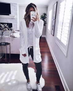 Comfy outfits 2019 lazy day outfits school outfits 2019 summer fashion 2019 teen fashion 2019 how to wear school outfits 2019 Lazy Day Outfits, Winter Outfits, Casual Outfits, Summer Outfits, Cute Outfits, School Outfits, Cute Lounge Outfits, Traveling Outfits, Comfy Fall Outfits