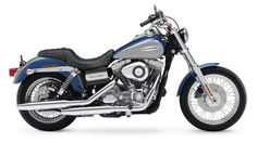 Harley Davidson FXDC Super Glide Custom.  Hop on, baby...!