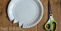 """I have to confess, that there are not """"many paper plate crafts"""" on Red Ted Art yet. I am not sure why, but paper plates are not something we have in our house. But it was it was time to change that……… especially as it is such a fun material to work with. The first …"""