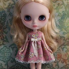 romantic-dress-for-blythe-blog