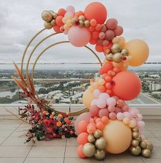Balloon Decorations 74478 Fresh Ideas And Wedding Trends 2020 ★ wedding trends 2020 round shaped altar with flowers and balloons pampas grass simone_creative Wedding Balloon Decorations, Backdrop Decorations, Wedding Balloons, Birthday Balloons, Backdrops, Orange Balloons, Gold Balloons, Metallic Balloons, Colourful Balloons