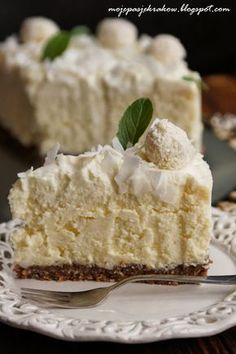 my passions: coconut cheesecake Sweet Recipes, Cake Recipes, Dessert Recipes, Delicious Desserts, Yummy Food, Polish Recipes, Sweet Cakes, Relleno, No Bake Cake