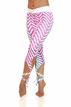For the ballerina in all of us. These beautiful ombre high waist Flexi Lexi Dancer leggings will put a spring in your step. Perfect for yoga, pilates or dance. Yoga Leggings, Women's Leggings, Yoga Pants, Tights, Dance Outfits, Cool Outfits, Mode Yoga, Vogue, Workout Wear