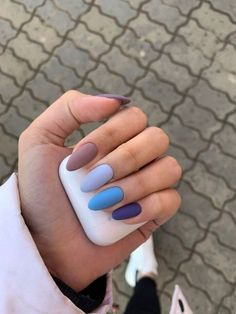 Nail art Christmas - the festive spirit on the nails. Over 70 creative ideas and tutorials - My Nails Summer Acrylic Nails, Best Acrylic Nails, Pastel Nails, Acrylic Nail Designs, Blue Nails, Colorful Nails, Summer Nails, Winter Nails 2019, Aycrlic Nails
