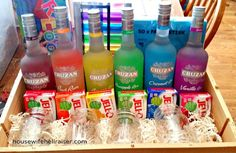Jello Shots Fundraiser Auction Basket - A rainbow of liquor bottles with matching Jello flavors, along with rainbow colored shot glasses. So rad! Alcohol Gift Baskets, Liquor Gift Baskets, Themed Gift Baskets, Alcohol Gifts, Wine Baskets, Fundraiser Baskets, Raffle Baskets, Fundraiser Games, Creative Gift Baskets