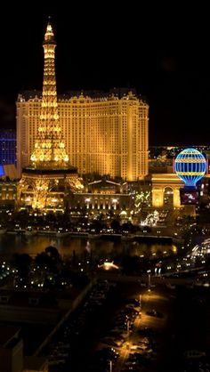 Night View, Las Vegas, Nevada, USA City Of Blinding Lights, City Lights