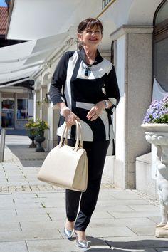 Schwarz und Weiß - der Business Look für das Meeting und den Kundentermin - www.lady50plus.de