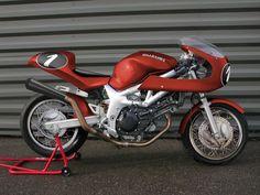 Spoke wheels for your - Custom Fighters - Custom Streetfighter Motorcycle Forum Cafe Racer Kits, Custom Cafe Racer, Suzuki Gsx R 750, Street Fighter Motorcycle, Retro Bike, Cute Cafe, Cafe Style, Transportation Design, Custom Bikes