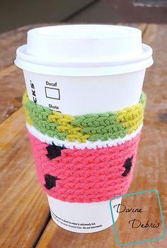 Watermelon Mug Cozy - free tapestry crochet pattern by Divine Debris. Crochet Coffee Cozy, Crochet Cozy, Crochet Quilt, Free Crochet, Cozy Coffee, Tapestry Crochet, Mug Cozy Pattern, Free Pattern, Crochet Kitchen