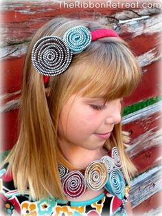 DIY Zipper Flower Necklace and Headband