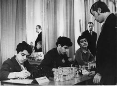 Karpov vs. Kasparov. The war starts.