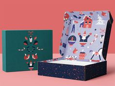 Learn how to create and design seasonal holiday packaging that elevates your brand and makes your custom boxes festive and fun.