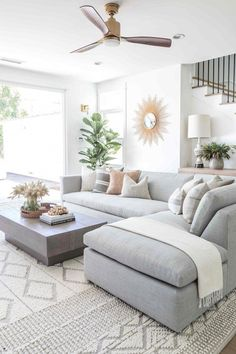 Pure Salt Interiors | Costa Mesa Project | Living Room | #homedesign #interiordesign #livingroom #livingroomideas #livingroomfurniture #livingroomdecor #furniture #seating #couch #styling #designinspo #homedesign #coastalliving #coastalinspo