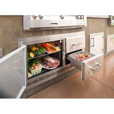 This restaurant-inspiredAlfresco ARXE Refrigerator unit has unique marinating drawers are great for holding meat before it goes on the grill. Specialty Appliances, Kitchen Appliances, Kitchen Cupboards, Kitchen Countertops, Under Counter Fridge, Counter Tops, Outdoor Refrigerator, Undercounter Refrigerator, Kitchen Refrigerator