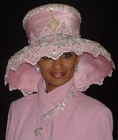 Don't wear something that looks like a lampshade! Church Suits And Hats, Church Hats, Church Attire, Church Clothes, Fascinator Hats, Fascinators, Church Fashion, Stylish Hats, Fancy Hats