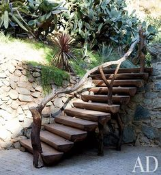 I love this stair rail!