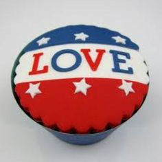 fourth of July cupcakes Patriotic Cupcakes, Patriotic Party, 4th Of July Party, Fourth Of July, Patriotic Crafts, Blue Cupcakes, Fondant Cupcakes, July Holidays, Happy 4 Of July