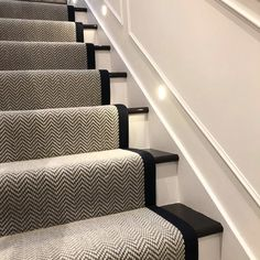 Black Painted Stairs, Black And White Stairs, Black Staircase, Carpet Staircase, Staircase Runner, Wood Staircase, Staircase Remodel, Staircase Makeover, Staircase Design