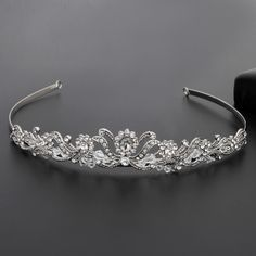 Womens Crown Hair... Click2Buy http://bridal-e-tailer.myshopify.com/products/womens-crown-hairband-vintage-crystal-bridal-tiara-hair-jewelry-wedding-accessories-women-party-pageant-jewelry-silver-plated?utm_campaign=social_autopilot&utm_source=pin&utm_medium=pin