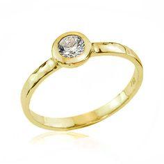 Modern 18k Gold Diamond Engagement Ring