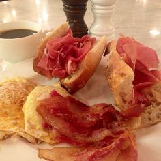 Breakfast huevo el diablo, bacon, baguettes with Jamon Iberico & black coffee - good morning! by Daniel Lindeberg