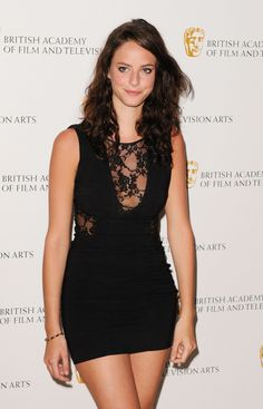 kaya-scodelario-atbritish-academy-television-craft-awards-lo-and-jack-connell-77604289.jpg (1440×2241)