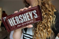 gℓσяισυѕℓу qυαℓιту uploaded by ɢʟᴏʀɪᴏᴜsʟʏ on We Heart It #food #hershey's #qualitytumblr #hershey's #yummy #qualitytumblr #milkchocolate #food #chocolate #chocolate #F4F #desert #photooftheday